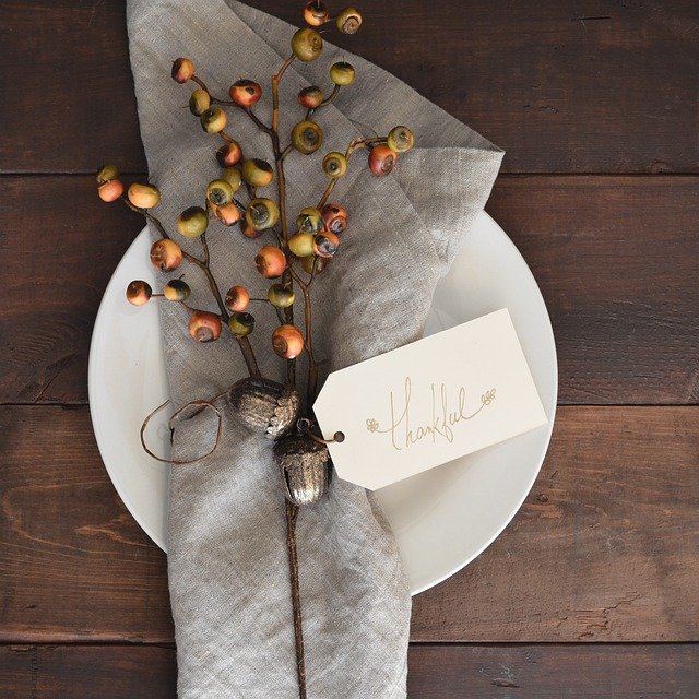 3 Tips to Tackling Thanksgiving Misfit Style.